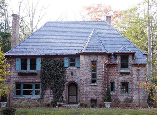 Vermont Black Slate : Country brick and vermont black slate residence