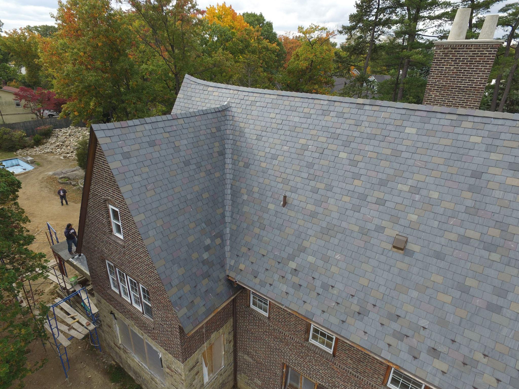 Random Width Slate Roof with slate blend