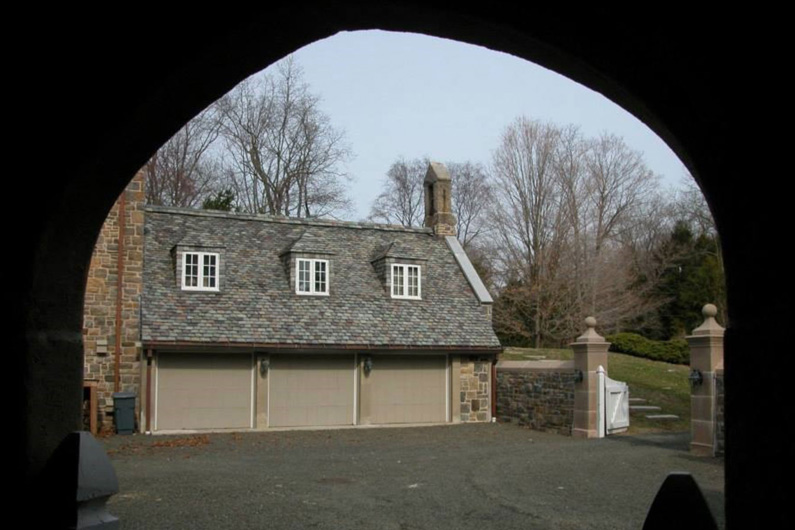 Historic Slate Roof repair: Heavy grade slate roof garage
