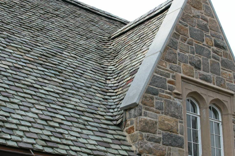 Historic Slate Roof repair: heavy-grade-slate-roof-stone-side