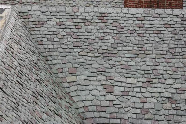 Random Pattern Slate Roof