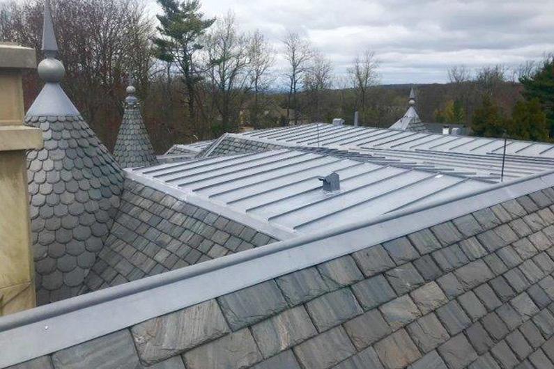 greenstone-slate-vermont-black-new-england-residence-2