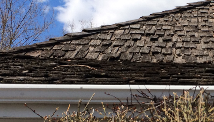 Greenstone slate with SlateTec installation: The better alternative to a cedar shake roof.