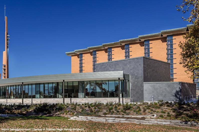 greenstone-slate-wall-cladding-valparaiso-university-5